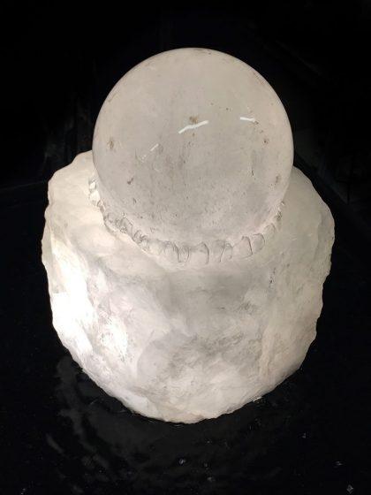 """Bergkristall-Kugelbrunnen """"Naoida"""" 12 cm"""