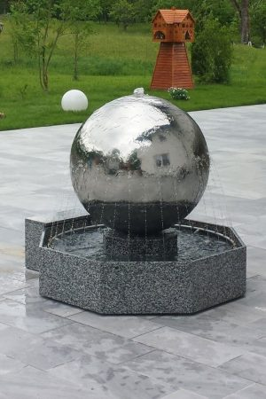 Edelstahl-Kugelbrunnen - Spezialanfertigungen
