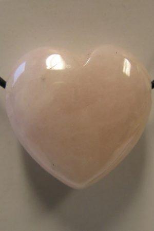 Rosenquarz Herz, gebohrt
