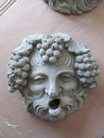 "Gartendekoration Maske ""Mascherone Bacco corroso"""