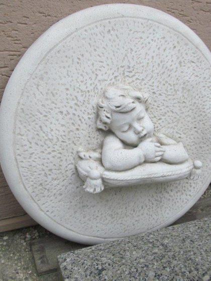 """Gartendekoration  Fliese mit schlafendem Kind """"Medaglione sonno"""""""