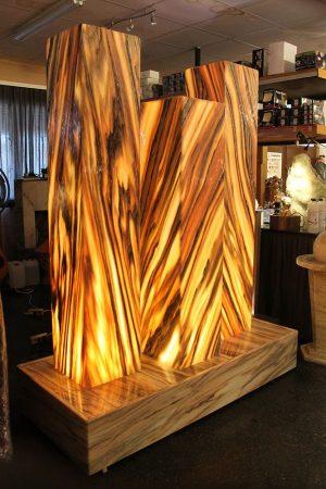 Lichtbrunnen 3 Giganten, Sölker-Marmor 210 cm
