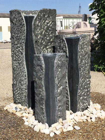 Granit-Stelenbrunnen Padang-TRIO