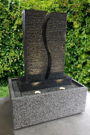 Granitbrunnen S-Twin mit Licht