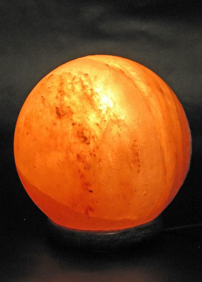 """Salzkristall Leuchte """"Sphere"""" groß"""