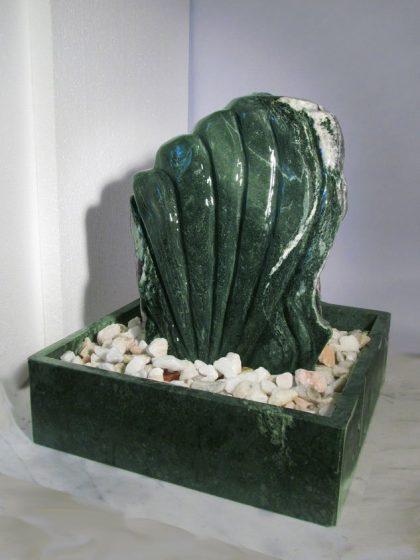 Skulpturbrunnen Flakstad