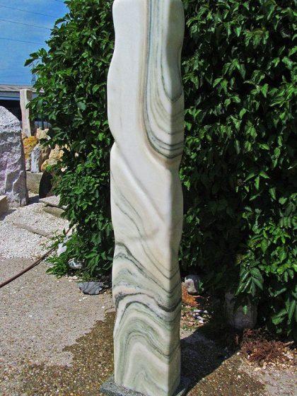 Sölker-Marmor-Skulptur-Quellstein 164 cm