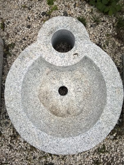 """Granitbrunnen """"Auhof felsig"""""""