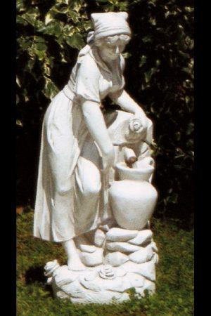 """Gartenfigur  Frau mit Wasser """"Contadina con anfora"""""""