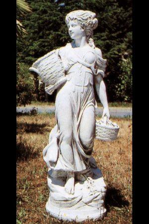 "Gartenfigur ""Donna con cesto"""
