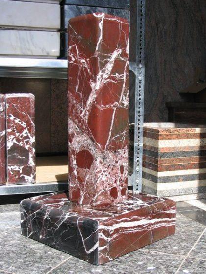 Stelenbrunnen Elazig Rot 72 cm