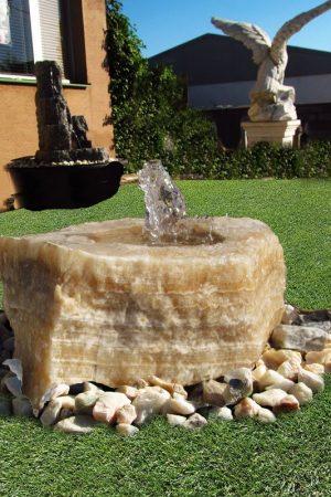 Gartenbrunnen Flat-Rock Onyx-Caramel