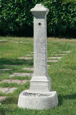 """Trogbrunnen """"Fontana Martina"""""""