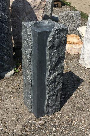 Granit-Brunen-Stele Padang, 60 cm