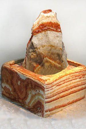 Sandstein-Brunnen Biga