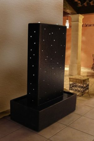 "Granit-Wasserwand ""Stary Night"""